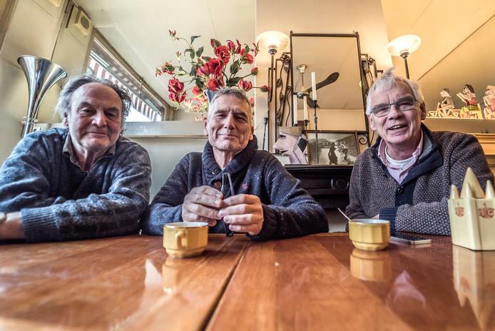 Tijn Noordenbos (l), Ron Glotzbach (m) en Wim Wierema hebben elkaar gevonden in de 'bestrijding' van depressies.