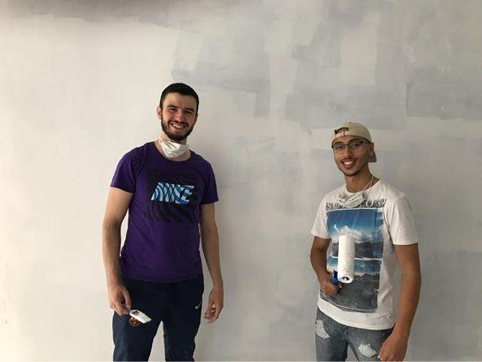 Mehdi et Abdelmajid ont commencé les travaux de l'Otakafé il y a deux semaines et espèrent ouvrir d'ici la fin du mois de septembre.