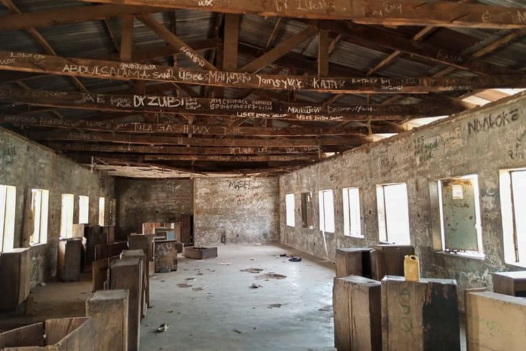 Een klaslokaal waaruit een deel van de meisjes werd ontvoerd. Beeld EPA