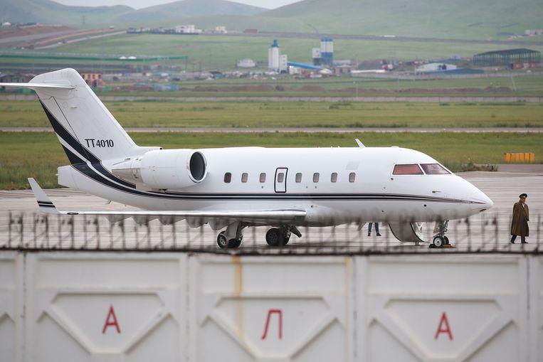 Een vliegtuig van de Turkse luchtmacht op de luchthaven van Ulaanbaatar op 27 juli 2018. Beeld AFP