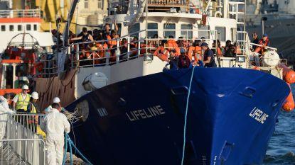 """VN eist oplossing voor toestroom vluchtelingen: """"Onschuldigen moeten lijden omdat de EU politiek verlamd is"""""""