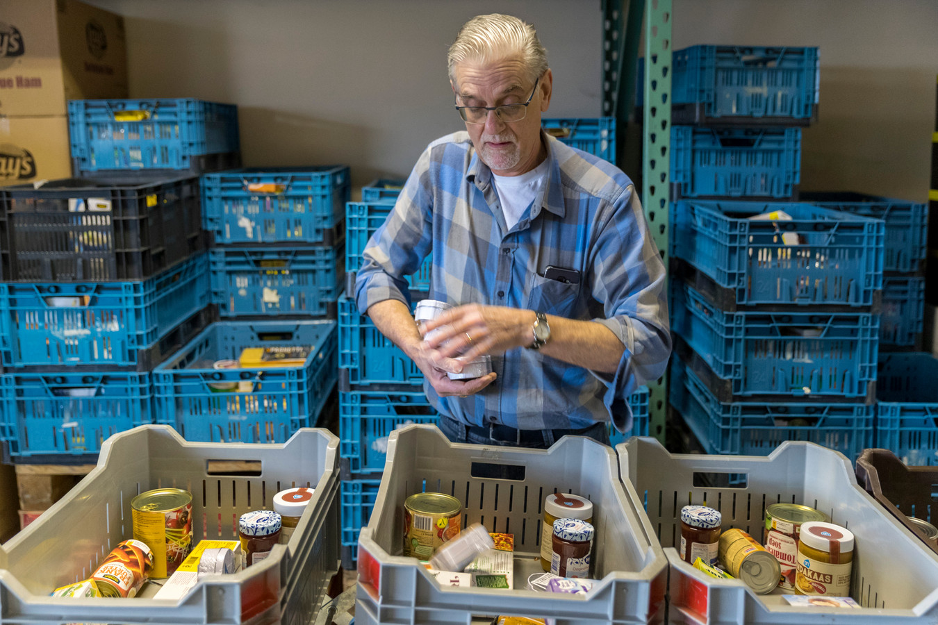 Van de voedselbank in Den Bosch maakten eind vorig jaar ruim 400 mensen gebruik.