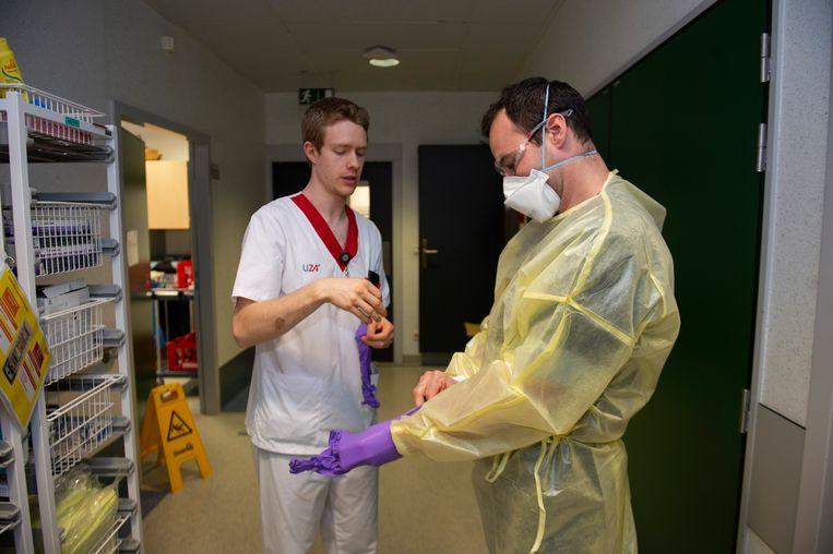 De gezondheidsmedewerkers van het UZA zijn op alles voorbereid.