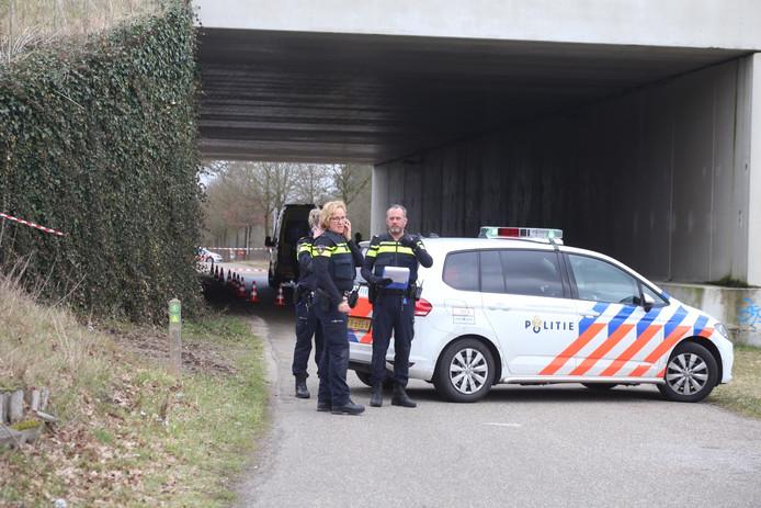 Doodgeschoten man gevonden in auto in Schaijk.