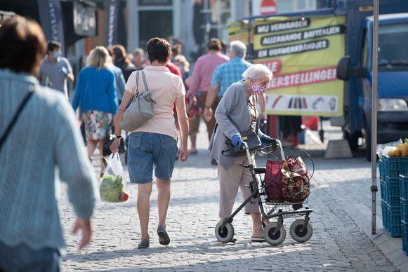 Voortaan zal iedereen die in Oudenaarde rondwandelt een mondmasker moeten dragen.