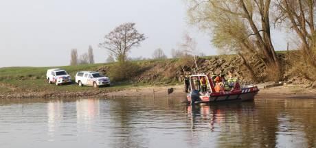 Wie is de vrouw die op 31 maart werd gevonden in de Nederrijn bij Duiven en Huissen?