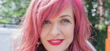 Sabina (37) is vibemanager in het Hard Rock Hotel: 'Ik doe veel meer dan mensen verwachten'