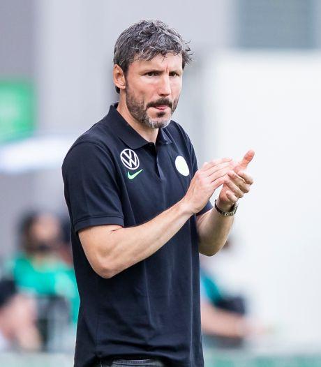 Van Bommel pakt clubrecord Wolfsburg met vierde zege op rij, Dortmund wint spectaculaire topper