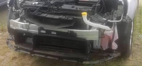 Bejaarde automobilist vindt wagen compleet gestript terug