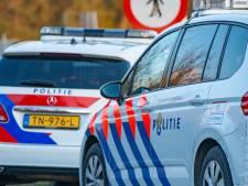Ramde Geldropse man auto van vriendin tegen een lantaarnpaal? Of had hij gewoon een slappe band, zoals hij zegt?