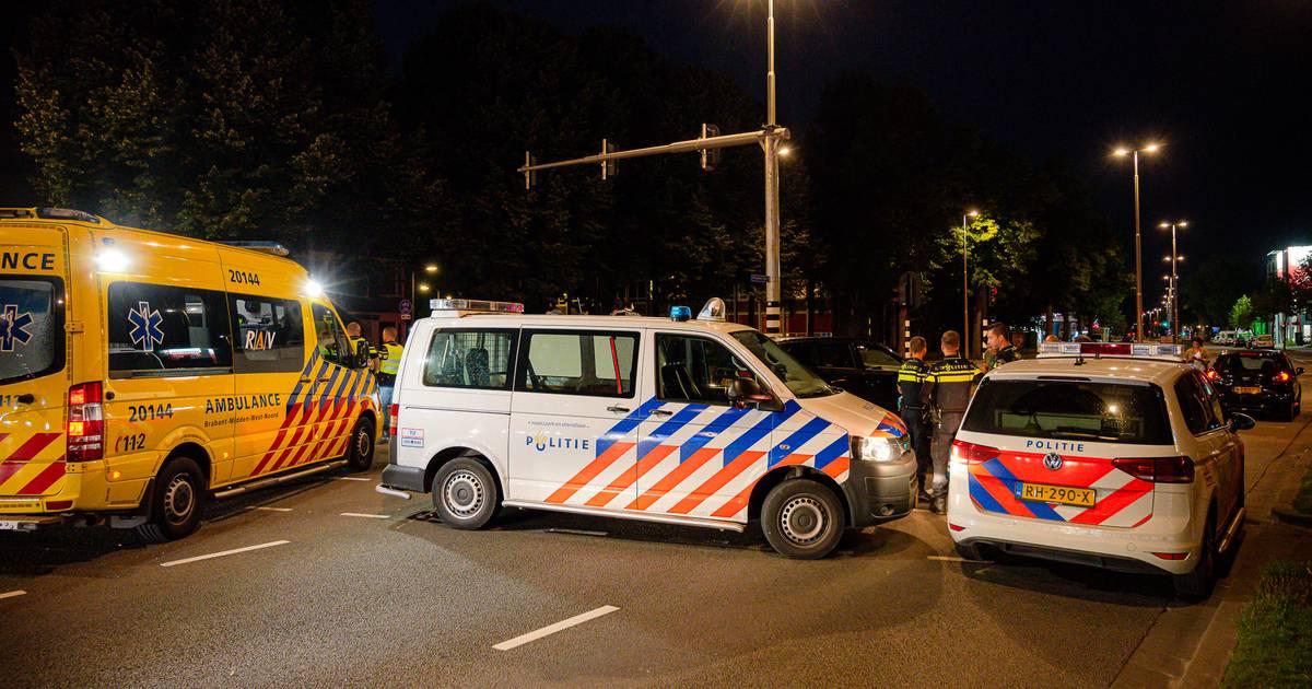 Fietser aangereden door auto in Tilburg.