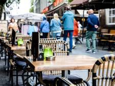 Bredase horeca blijft uit protest langer open: 'Als een QR-code veilig is, moet je er geen eindtijd op zetten'