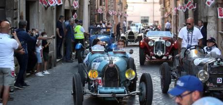 Veel tegenslag voor peperdure klassieke auto's, maar die van onze verslaggever houdt het vol