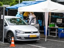 Nieuwe teststraat Alphen wordt weer drive-in: 'Deze plek is ook groter en winterproof'