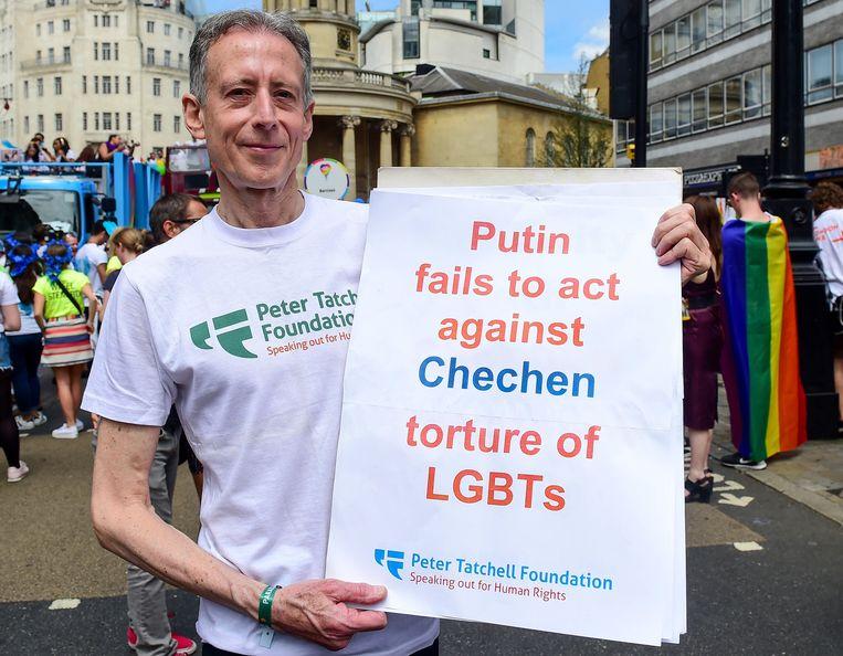 Protestactie tegen de folteringen tijdens de London Pride. Beeld EPA
