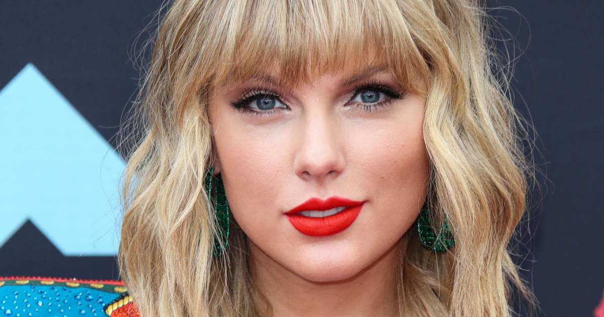 Taylor Swift brengt album Fearless opnieuw uit na gedoe met ex-manager - AD.nl