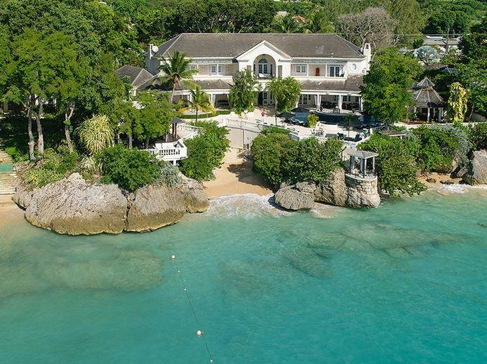 La villa est située à la Barbade.