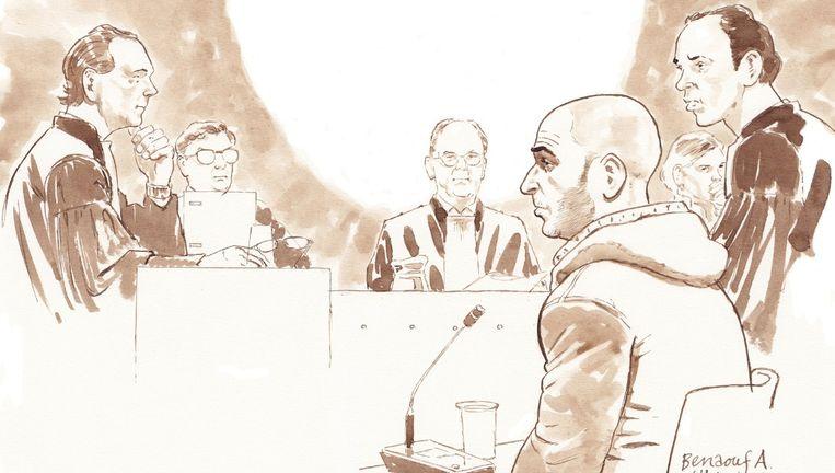 Van links naar rechts: Officier van Justitie mr. Hans Oppe, senior rechter, voorzitter mr. Martin Diemer, Benaouf A., junior rechter en advocaat van A. mr. Sander Janssen. Beeld Aloys Oosterwijk