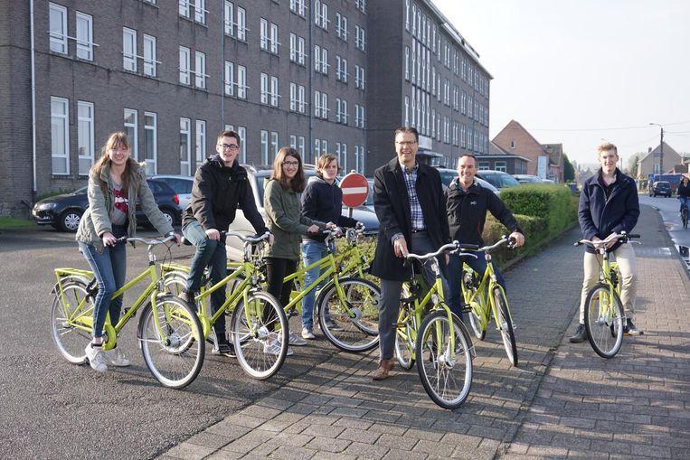 GBS 't Klavertje uit Bierbeek kreeg 3.553 euro voor de aankoop van een fietsenstalling op maat.