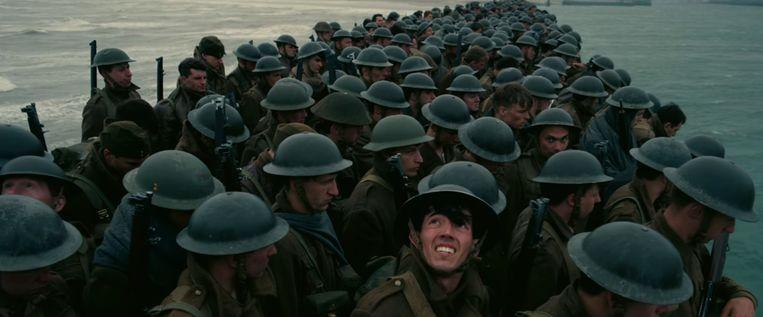 Massale evacuatie van soldaten in Dunkirk. Beeld