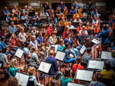 Het Philharmonisch mag eindelijk het podium weer op: 'Je voelt je weer muzikant'