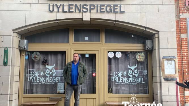 """Tournée Générale: Bij Uylenspiegel is het terras bijna even groot als het café zelf: """"En weer of geen weer: hier zit je droog"""""""