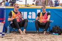 Stefan Boermans (links) en zijn maatje Yorick de Groot tijdens een eerder event op het strand van Scheveningen.