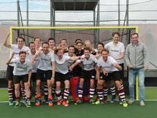 Hockeyers PW winnen play-offs; promotie naar tweede klasse