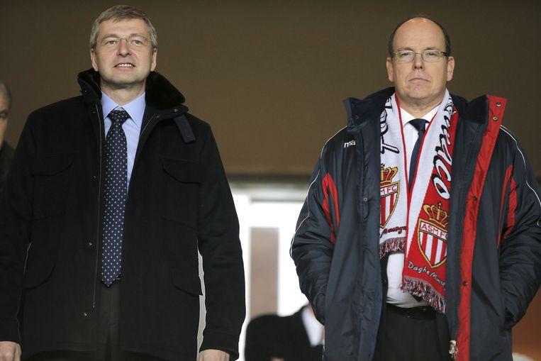 Ribolovlev en Prins Albert van Monaco in januari van dit jaar op de tribune bij AS Monaco. Beeld ap