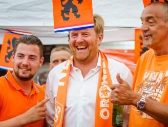 """Nederlandse ministers verontwaardigd over bezoek van koning aan 'Oranjestraat': """"Coronaregels gelden voor iedereen"""""""