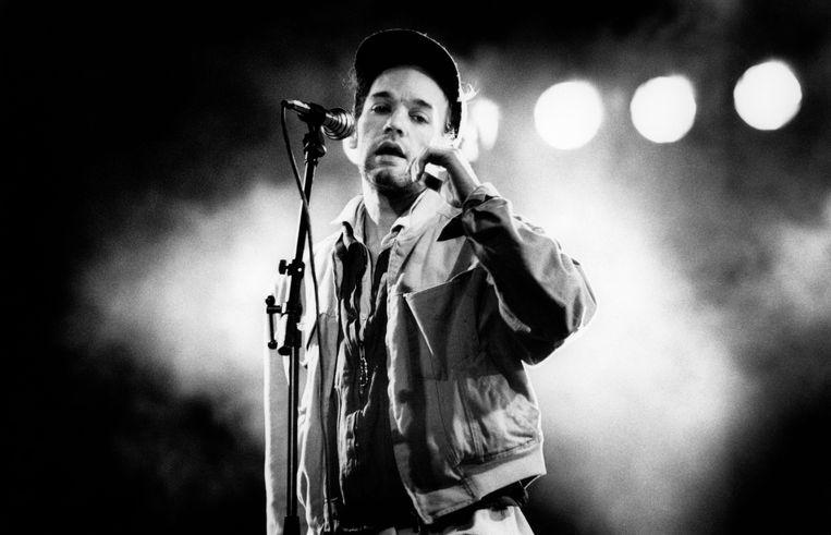 Michael Stipe, frontman van R.E.M., in de vroege jaren 90.  Beeld Redferns
