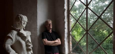 Dik Kusters wil de laatste restjes van het Waallandschap redden met verf en inkt