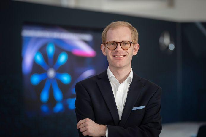 Onderzoeker Andreas Hintennach van Daimler AG: ,,We zullen het nog jaren met lithium-ionbatterijen moeten doen. Maar de organische batterij is veelbelovend.''