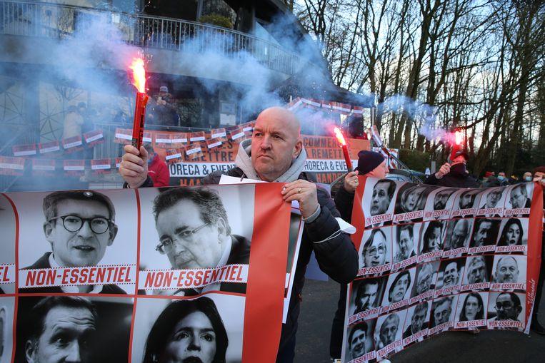Protest in Brussel tegen het coronabeleid van de Belgische regering. Beeld BELGA
