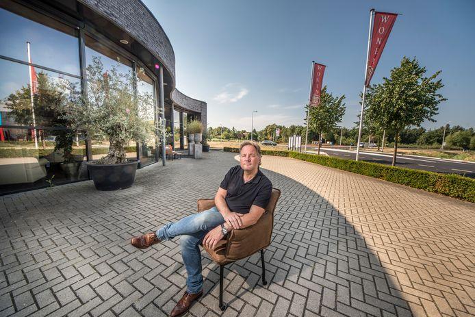 Geert Potz heeft met zijn woonwinkel nu een a-locatie door de N18.