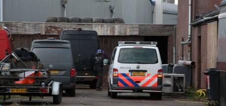 Ondergrondse kelders ontdekt bij drugsfabriek in Rijen: gemeente sluit terrein per direct