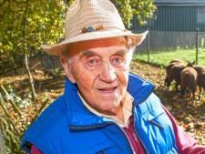 Udense oud-wethouder Jan van der Avoird (93) overleden