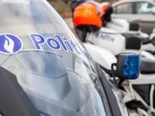 Des policiers tirent en l'air pour arrêter un fuyard sans permis de conduire ni titre de séjour valable