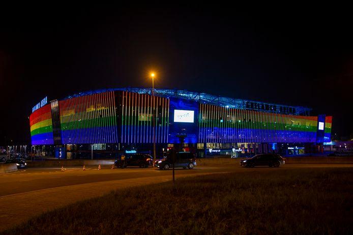 Ghelamco gehuld in regenboogkleuren.