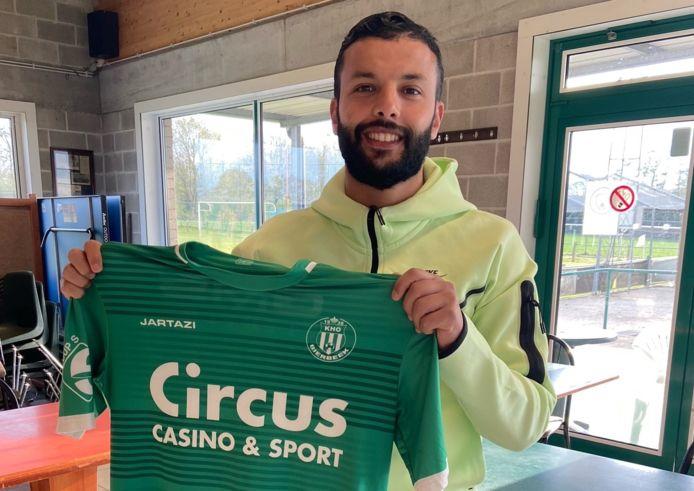 Mehdi Benlouafi (31) tekende gisterenavond een contract bij eersteprovincialer KHO Bierbeek.