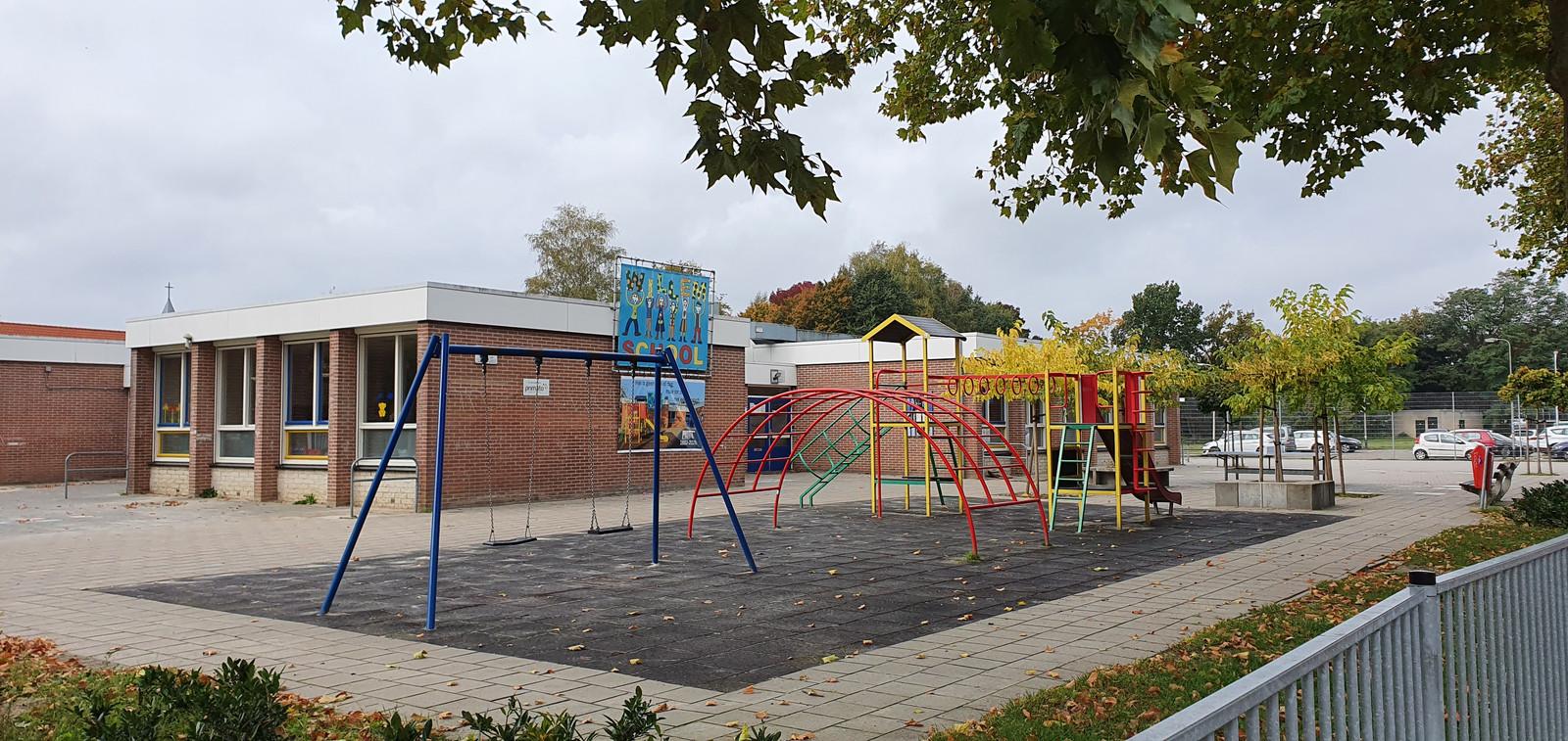 De Willemschool is deze maandag na de herfstvakantie al leeg. De bedoeling was dat de school pas eind dit schooljaar zou sluiten.