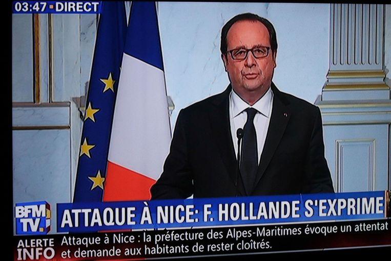Hollande tijdens zijn toespraak. Beeld afp