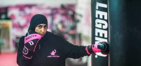 Ex-militair Sabra is met haar bootcamps een begrip in Den Haag: 'Je moet ze eerst fysiek breken'