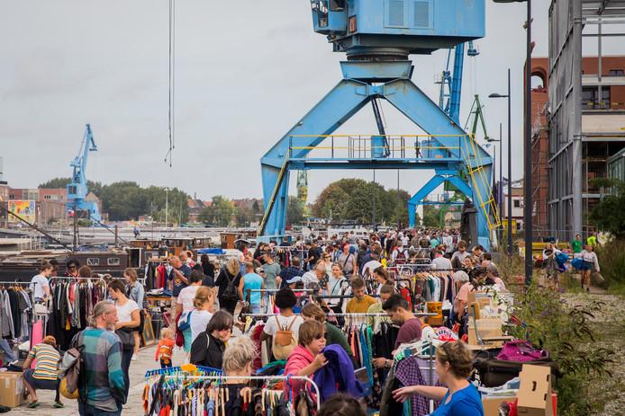 De allerlaatste XXL-rommelmarkt op DOK in augustus trok alvast veel volk. Het afscheidsweekend eind september ongetwijfeld ook