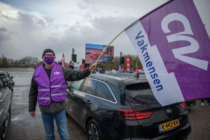Vrachtwagenchauffeur Jan Cevaal voert actie op het