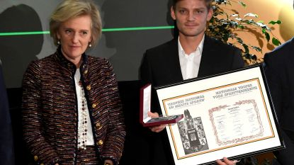 David Goffin krijgt Nationale Trofee voor Sportverdienste uit handen van prinses Astrid