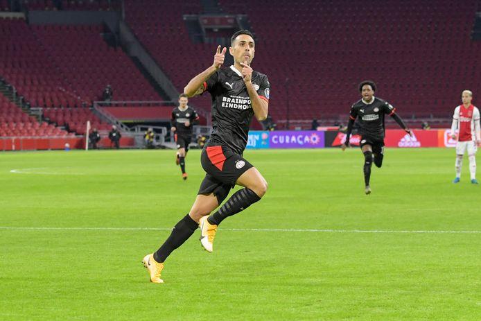 Het begon zo mooi voor PSV, dankzij een razendsnelle goal van Eran Zahavi op aangeven van Donyell Malen.