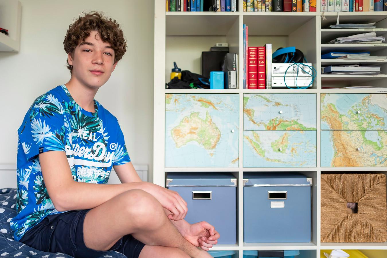 Floris Dijkman gaat volgend schooljaar een halfjaar op zeilreis.