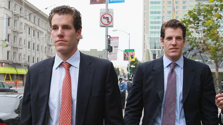 Cameron (L) en Tyler (R) Winklevoss Beeld GETTY