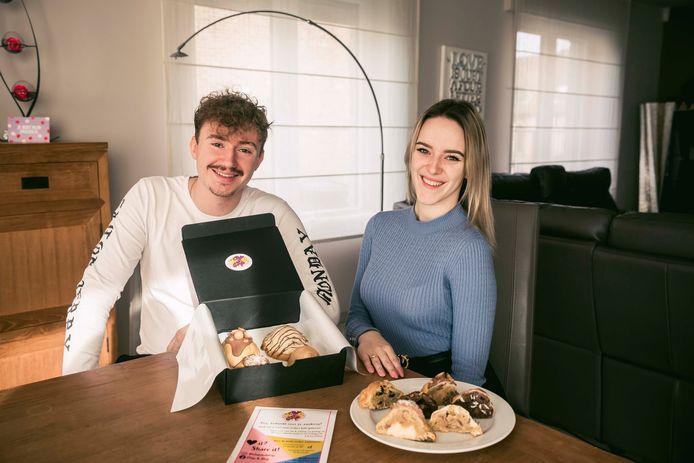 Anke Gevers runt vandaag een online koekjesbedrijf 'Chip & Drip' samen met haar vriend James.